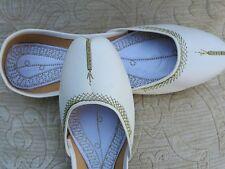 Cuero señoras de la India Blanco Boda Khussa zapatos talla 7