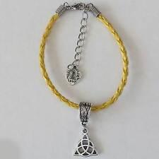 bijou celtique bretagne Bracelet pendentif Triquetra sur cordon tressé jaune