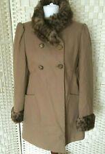 Miss Selfridge Cálido Abrigo Talla 14 mezcla de lana marrón imitación piel cuello puños forrados