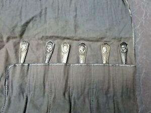 Vintage Oneida Community 6 Pan Silver Spoons-Actors 1930s Tarnish Clothe Case