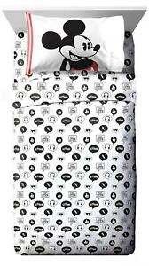 Jay Franco Disney Mickey Mouse Jersey White 3 Piece Twin Twin,