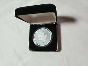 2016 Canada Maple Leaf Antique Finish Leaf Privy 1oz Troy .9999 Silver Coin