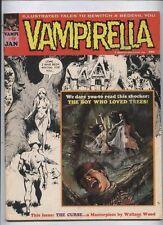 Vampirella Warren comic monster Vampire horror magazine #9 classic Wood cover