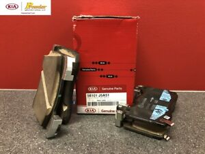 2018-CURRENT KIA STINGER GT1 & GT2 FRONT BREMBO BRAKE PADS (3.3L) 58101 J5A51