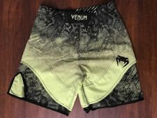 Venum Fusion Fight Shorts - Green - Small - Free Shipping