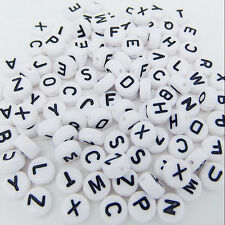 200 Stücke Neu Acryl Einzel Alphabet Letter Münze Rund Flach Spacer Perlen X4U1
