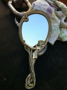 Ancien miroir  à main en bronze