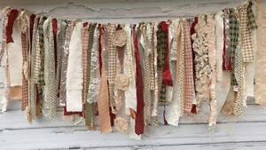 Holiday Shabby Banner Garland: Glitz Collection by Modern Rag Quilts (Christmas)