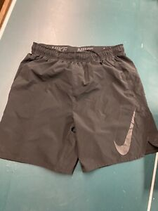 Nike dri fit shorts size Xl