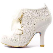 Court Standard (B) Width Casual Textured Heels for Women