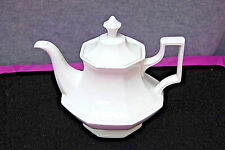 Johnson Brothers Teapot in Heritage Pattern - White, Made in England (S5281)