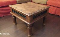 Tavolino in legno massello, palissandro Indiano e parti in ferro,  60 x 60 cm