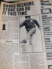 J1-5 Ephemera 1972 Football Article Gordon Banks Stoke V Chesterfield