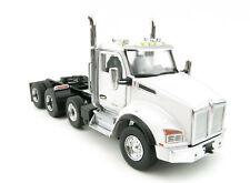 Diecast Masters 71058 - Kenworth T880 Tandem Metallic White SBFA Day CAB 1 50