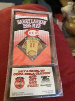 Barry Larkin Coca Cola Mvp Pin In Original Packaging & 2 Cards