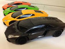 Lamborghini Aventador De Radio Control Remoto Coche Luces LED 1/18 Nueva En Caja