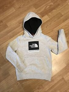 Boys North Face Hoodie - Small