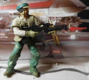"""2002 STAR WARS RETURN OF THE JEDI ROTJ #33 ENDOR REBEL SOLDIER 3.75"""" Figure"""