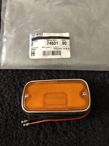 Rolls-Royce 1975-80 Dummy Front Right Side Marker Lamp Amber UD18093 NOS OEM NEW