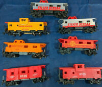 HO SCALE CABOOSE MIXED LOT OF 7, VINTAGE. TYCO, LIFE-LIKE, ETC.