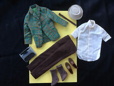 VTG KEN COLLEGE STUDENT #1416~TYPEWRITER~RARE SOCKS~BROWN TIE~SPORTS COAT BARBIE