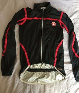 Castelli Pave M Wind/Waterproof Packable Cycling Jacket Black Red Seams