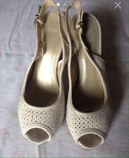 Scarpe Décolleté Bata spuntate davanti - Décolleté Bata Woman shoes