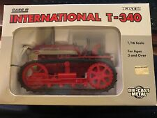 Ertl 1/16 International crawler t- 340 NEW CASE IH NEW