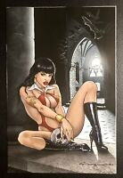 🚨🦇🔥 VAMPIRELLA #12 LEVEND CANGA LIMITED VIRGIN VARIANT COVER NM