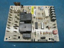 Honeywell ST9120C4057 HVAC Control Board