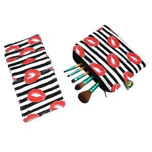 Reusable make up remover pads and Matching Makeup Bag, Lip print Toiletry Bag