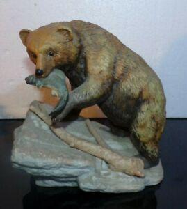 Vintage 1994 Homco Endangered Species Masterpiece Brown Bear w/Trout Figurine