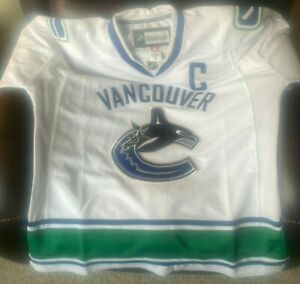 Vintage ROBERTO LUONGO Vancouver Canucks JERSEY Sweater Reebok Size 56 3XL