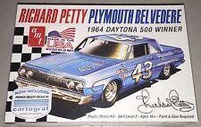 AMT Richard Petty 1964 Plymouth Belvedere 1/25 plastic model car kit new 989 x