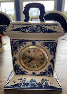"VTG 8"" ELESVA Delft Blue & White Hand Painted Mantel Clock W Handle Battery EUC"