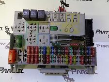 Vauxhall ASTRA MK4 ENGINE FUSE BOX 90589965
