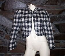 BLACK AND WHITE WOOL BLAZER BY NEIMAN MARCUS SIZE MEDIUM