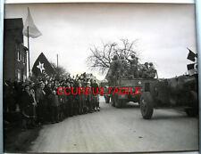 PHOTO GUERRE 39 45 HERMANNSTEIN ALLEMAGNE CIVILS RUSSES ET AMERICAINS g193
