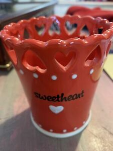 """Valentines Pot Red Love Hearts Sweetheart 4"""" Tall Ceramic Cut Out New Gift Vase"""