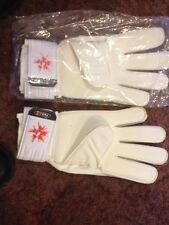 Goalkeeper Gloves (37 ) Power Cat 3.1 GRIP Size 8 NEW WITH CARRY CASE