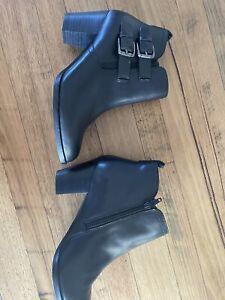 Diana Ferrari Leather Boots Size 8 New