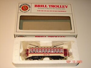 BACHMANN Motorized BRILL TROLLEY - HO Scale - MAIN ST Cream & Red *NEW IN BOX*