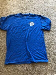 trader joes large blue short sleeve