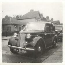 Ford Prefect (?). Wedding, England 1948. Vintage car photo. G605