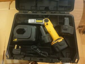DeWalt Dw920 Cordless Screwdriver Used with 3 batteries and charger
