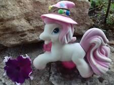 Filly Pony von Simba Toys- GROß! -mit abnehmbarem Hexenhut - aus Samt - Rarität-