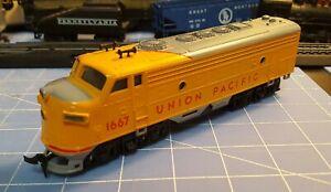 VINTAGE PLAYART / GATA HO SCALE Union Pacific #1667 Diesel F7 EMD Locomotive