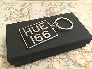 Genuine Land Rover Gear HUE 166 Key Ring