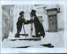 """1989 Press Photo """"A Christmas Carol"""" - David Warner and Anthony Walters"""