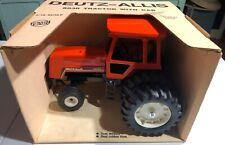 ERTL Deutz-Allis 8030 Tractor With Cab 1/16 NEW 'Sullys Hobbies'